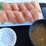 ハマユウ荘 - 料理写真:大東寿司(ぶり)