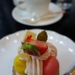 レストランブライト - (2015/3月)箱根スイーツコレクション2015「サントノーレ マギ」とコーヒー