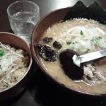 37040576 - 味噌ラーメン、ジューシー丼