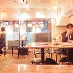 肉汁水餃子 餃包 - 『'15/04/15撮影』店内のテーブル席の風景です