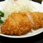 もち豚とんかつ たいよう - ロースかつ定食1650円