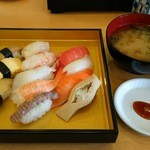 鮨覚 - 料理写真:すしランチ