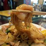 中華楼 - 具と麺の風味を活かした味付け