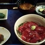 ひもの あん梅 - 鮪の漬け丼定食