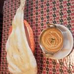 キリティカ - ナンと豆のカレー