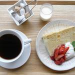 カフェ三菓亭 - ケーキセット