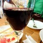 綾瀬 ワインバル八十郎商店 - グラス赤も美味しい