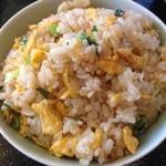 福源楼 - ライスおかわりの代わりにサービスで炒飯を頂きました。