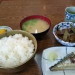 よしや食堂 - 料理写真:日替り+小鉢