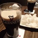 トラベルカフェ - ギネスビールで乾杯