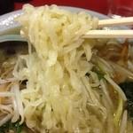 東京飯店 - タンメン 旨かった。 麺はちぢれだけど佐野系じゃない感じ。 少し油っぽいけど、総合的にはいける。