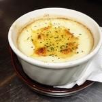 居酒屋てのひら - モッツァレラチーズのグラタン ¥680