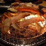 和牛が旨い個室焼肉 楽月 - 炭火焼