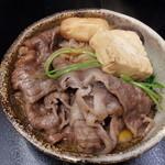 福寿館 - お皿に入れられたお肉たち