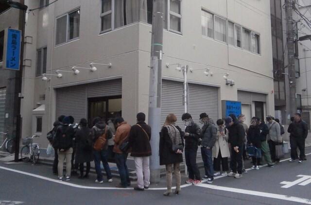 青島食堂 秋葉原店 - 日曜は、若い方が多い♪