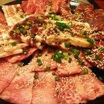 焼肉プサン - 料理写真:やっぱりたまの肉は旨いですね~