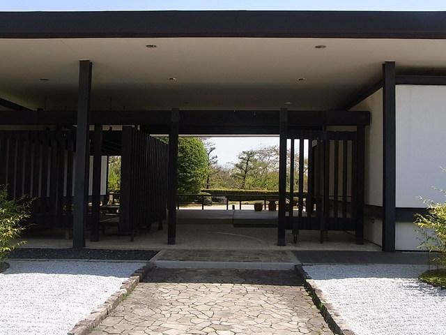 茶室 千里庵 - 庭園の風景を絵のように切り取る☆♪