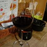 37081631 - ソムリエが選ぶ気まぐれハウスワイン 赤 一杯目 フランス