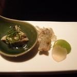 庵梵丹 - 突出しは,色座やかなソラマメ, ホタルイカの天ぷら,牡蠣