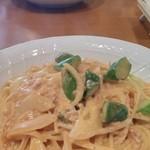 カンパネッラ - 料理写真:アスパラと玉葱とツナのトマトクリーム