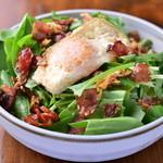 生ホーレン草とベーコンのサラダ