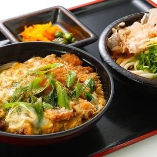 当店自慢◆出汁の効いた絶品丼定食をお召し上がりください!