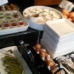 レストラン オーク - パンとデザートコーナー