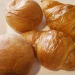 レストラン オーク - プチパンとクロワッサン