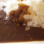 レストラン オーク - 牛スジの煮込みカレー