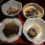 釜の座 - 蛍烏賊の辛子和え、ばい貝のうま煮、胡麻豆腐、茄子の南蛮漬け
