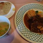 37094303 - 秋田錦牛肩ロースポワレ 1800円(パン、少量のスープ付)
