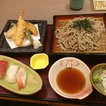 かんながら - かんながら 石巻イオン店で上司や同僚と夕食。 天ざる御膳を食した。 美味い。