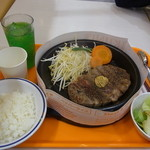 37099352 - 150gサーロインステーキセット ¥1080 ドリンクサラダセット ¥200