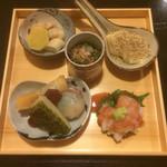 京和食 かもめ - 穴子あぶりと梅肉ソース ごまとうふ 焼きタケノコ カラスミ ホタルイカの春巻き たらこの煮付け 菜の花あえ