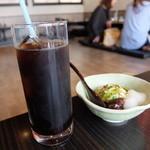 37099953 - アイスコーヒーとミニ抹茶ムース(宇治茶そばランチセット)