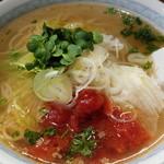 麺や田中 - 塩とまと麺(680円) これ めっちゃ旨い!
