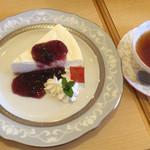 tea room ALICE - レアチーズケーキ