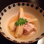 キレイになるための食卓 - 鶏肉と筍の煮物 (2015.04.18)