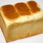 一本堂 - 一本堂食パン≪1.5斤≫(\345、2015年2月)