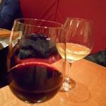 イル チェルカトーレ - ワインは赤と白を