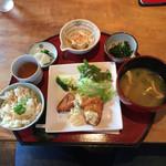 デイ バイ デイ Ⅱ - チキン南蛮定食です。ご飯を筍ご飯に変更しています。