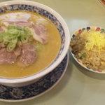 3712179 - 味噌チャーシューメン&半チャーハン