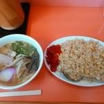 37121113 - 焼き飯セット(中・しょうゆ味)800円