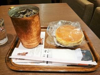 上島珈琲店 イオンモール浦和美園店 - 当日のオススメのコーヒーMサイズ(\450)ともっちりパンケーキ(\190)