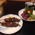 幸寿司 - 鮪ののど肉と初鰹