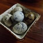 元禄 - カウンターのウズラゆで卵