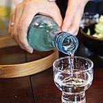 はん亭 - 小さな桶で丁寧に仕込んだ純米吟醸酒の生酒。なめらかでコクがある