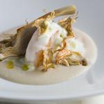エノテーカ ピンキオーリ - 帆立貝とアーティーチョーク ヨーグルトのソース