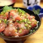 にし与 - マグロ丼