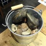 我ー喰う - 貝のバケツ盛り980円+税